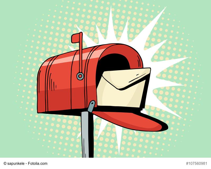 rote Mailbox mit Brief