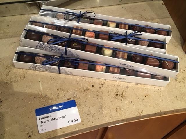 """Sprachliche Details beim Angebot von Pralinen - die Pralinen """"Klarsichtstange"""""""